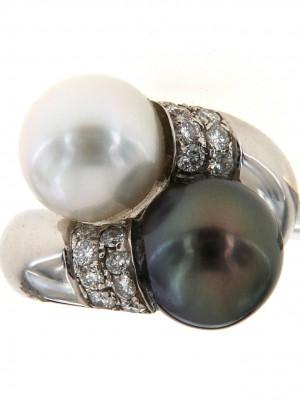 Anello con perla australiana di Floris Diamanti